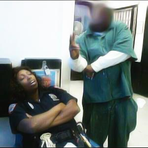 Correction Officer Slacks-off as Inmate Almost Got Her Keys
